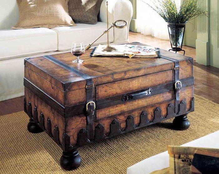 В путешествие с собой старый чемодан не возьмёшь. А вот использовать его в интерьер — запросто!