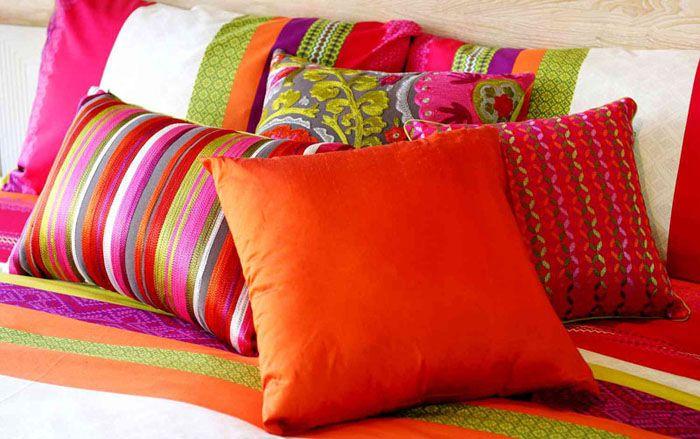 59 Декоративные подушки - 100 фото идей и новинок от профи.