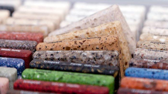 Торговые предприятия представляют широкий ассортимент готовых изделий
