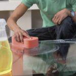 Чем убрать клей от скотча с пластика. Как убрать следы от скотча с различных поверхностей