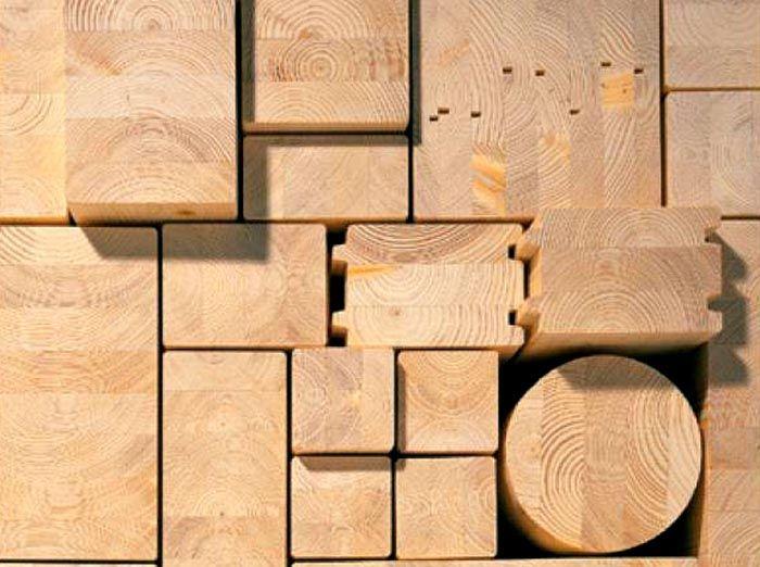При выборе дерева для строительства дома необходимо учитывать выбранную технологию строительства и критерии выбора, приведённые выше