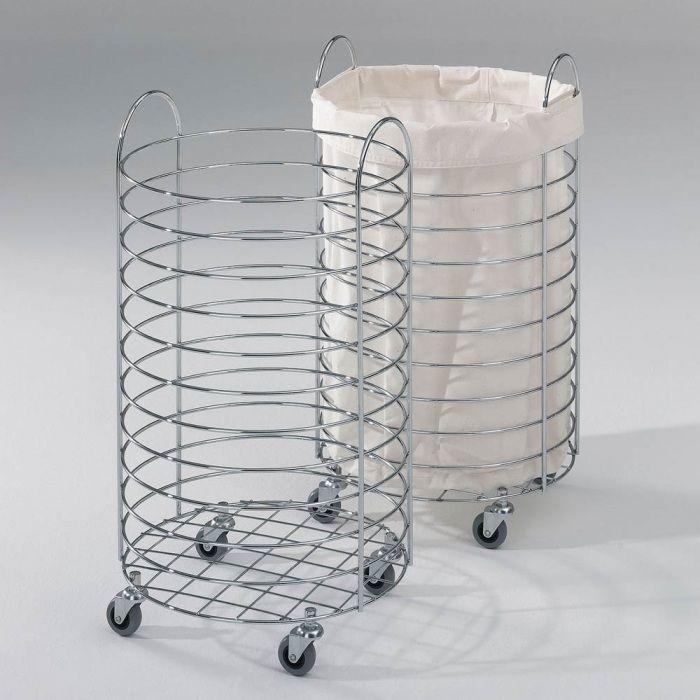 Модель, изготовленная из металла с использованием колесиков и тканевого мешка