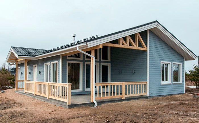 Деревянные дома, изготовленные по каркасной технологии, отличаются малыми сроками выполнения строительно-монтажных работ и низкой стоимостью, по сравнению с прочими вариантами деревянного домостроения