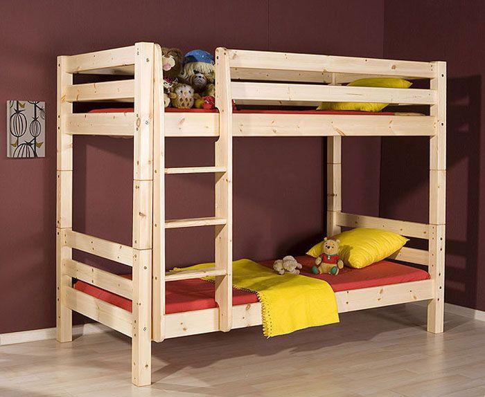 Двухъярусная кровать, изготовленная из натурального дерева