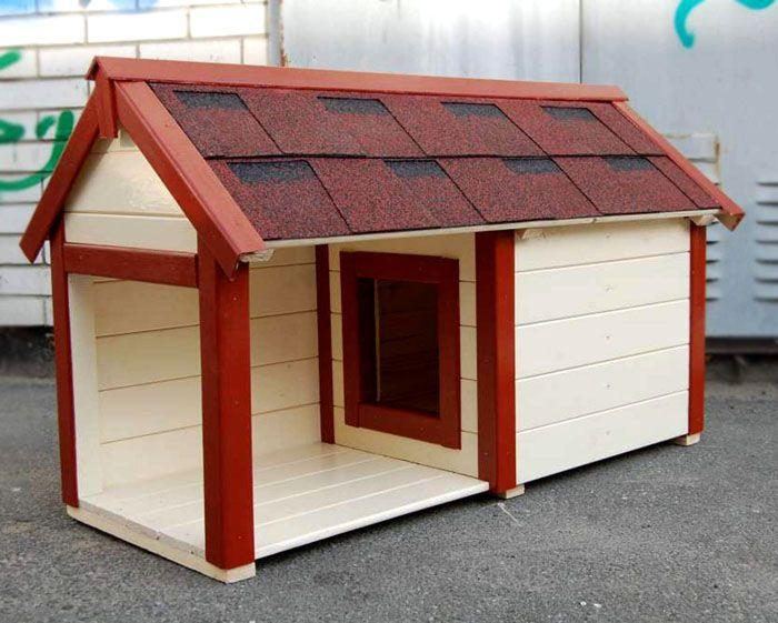 Крышу накрывают рубероидом, профилем или черепицей. Последний штрих – установка на коньке металлического уголка