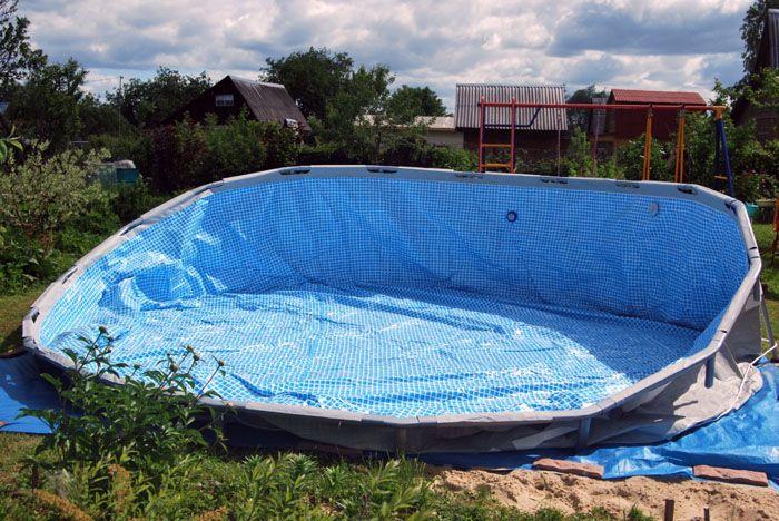 Еще один важный момент – прежде чем устанавливать бассейн, обязательно очистите площадку
