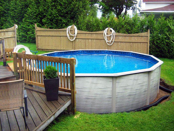 Рядом с баней как раз самое место бассейну