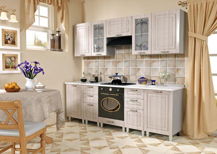 Современные кухни оформляют несколько проще, без обилия мелких деталей