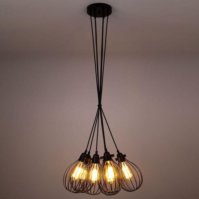 Для светового оформления используется металл, дерево, пластик