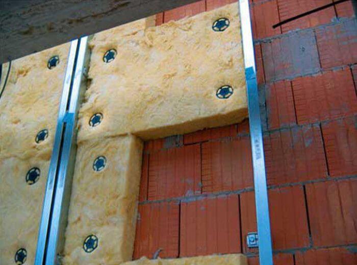 Утепление кирпичных стен при помощи минеральной ваты