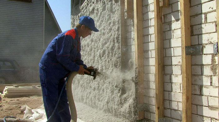 Использование пенополиуретана при утеплении дома под сайдинг