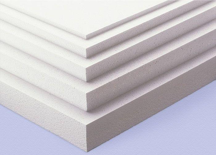 Пенопласт выпускается различных типоразмеров, как по ширине и длине, так и по толщине, что удобно при использовании в разных климатических районах нашей страны