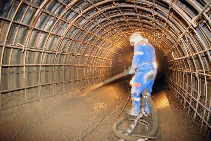 Фибробетон используется при заливке тоннелей и прочих коммуникаций, прокладываемых под землей