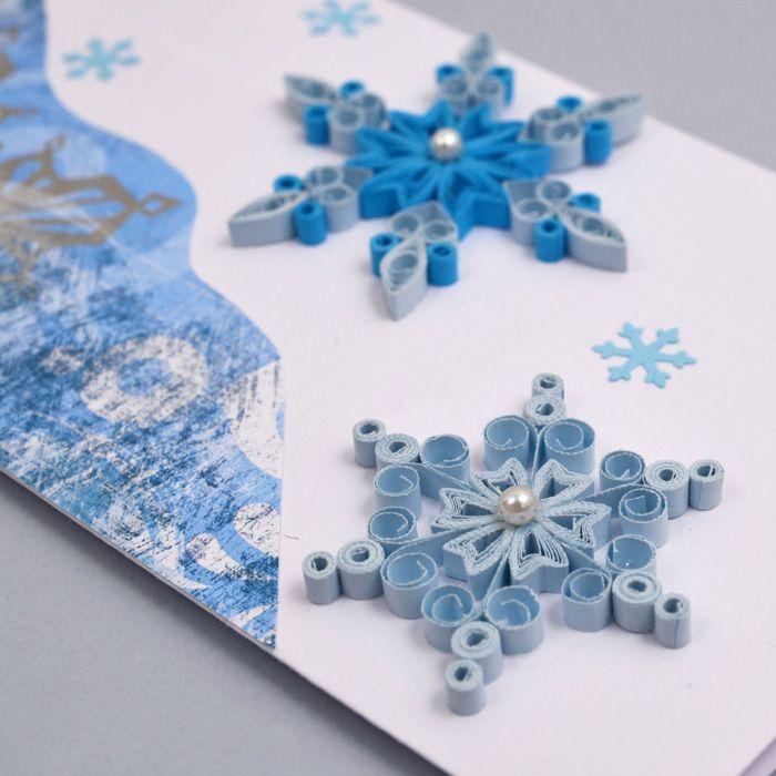 В такой технике оформляется какой-то элемент, например, снежинка