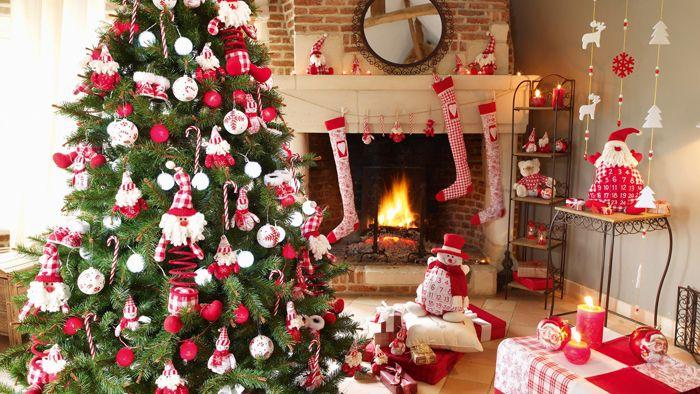 Без ёлки в комнате по-прежнему будет всё празднично, но она – душа нарядного помещения
