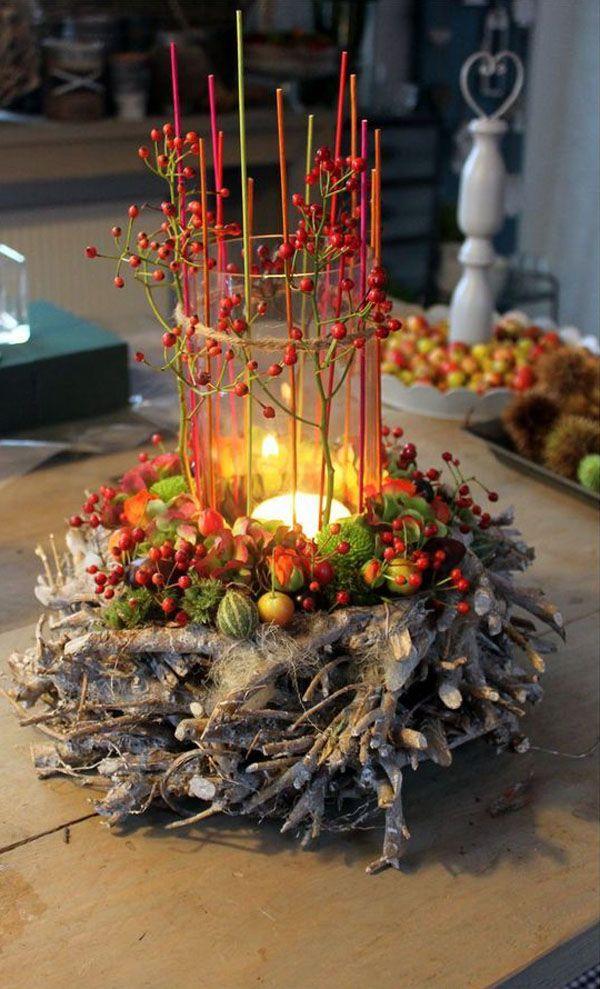Стеклянный бокал или ваза становятся шикарной основой для свечки