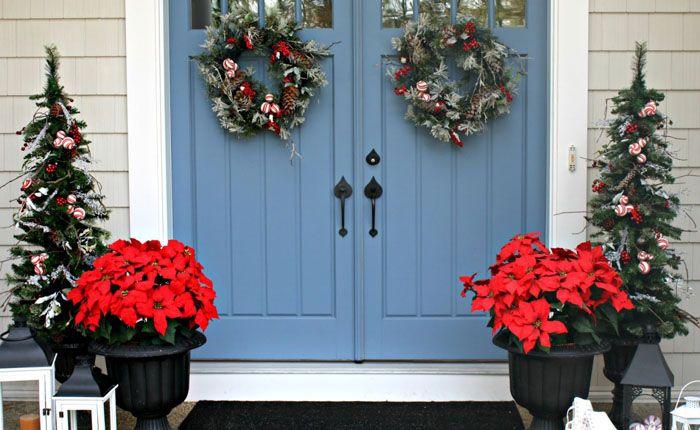 Это традиционное украшение дверей с улицы в Канаде, США и европейских странах