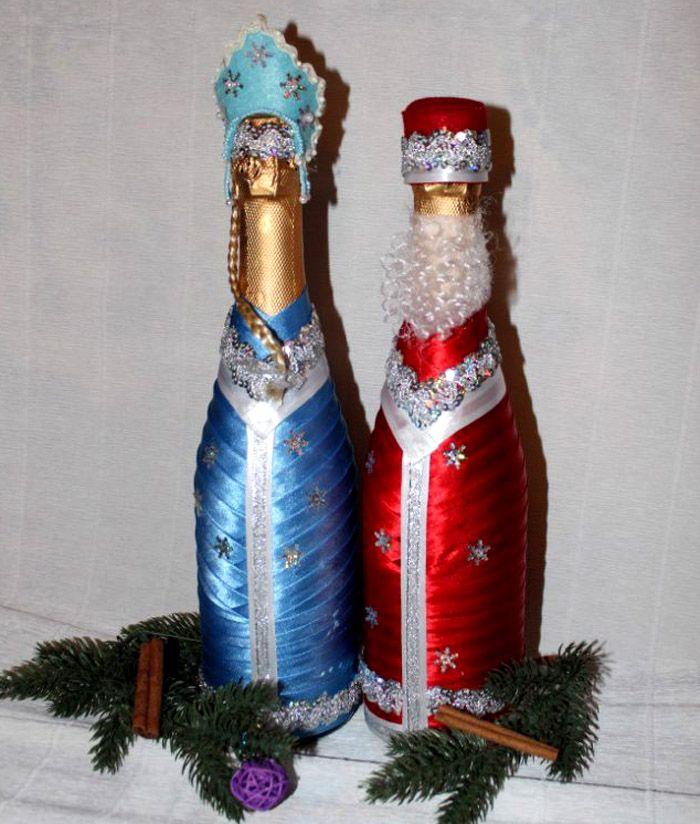 Из атласных лент тоже несложно «сшить» одеяния Деда Мороза и Снегурочки