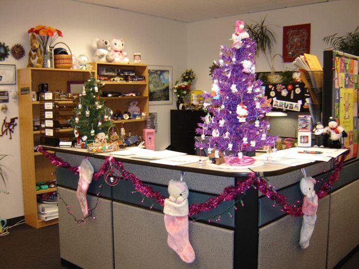 Традиционное оформление не подразумевает больших расходов: весь декор можно купить в ближайшем универмаге или сетевом магазине
