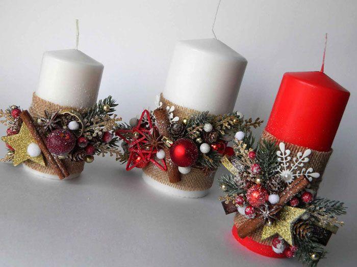 К ленте из мешковины горячим клеем присоединяют заготовленные элементы для украшения свечи