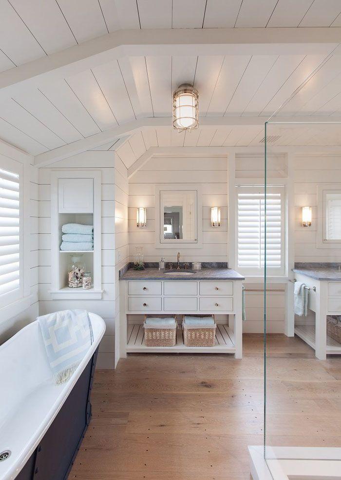 В ванной вполне хорошо будут смотреться любые цвета, если они перекликаются с тоном стен