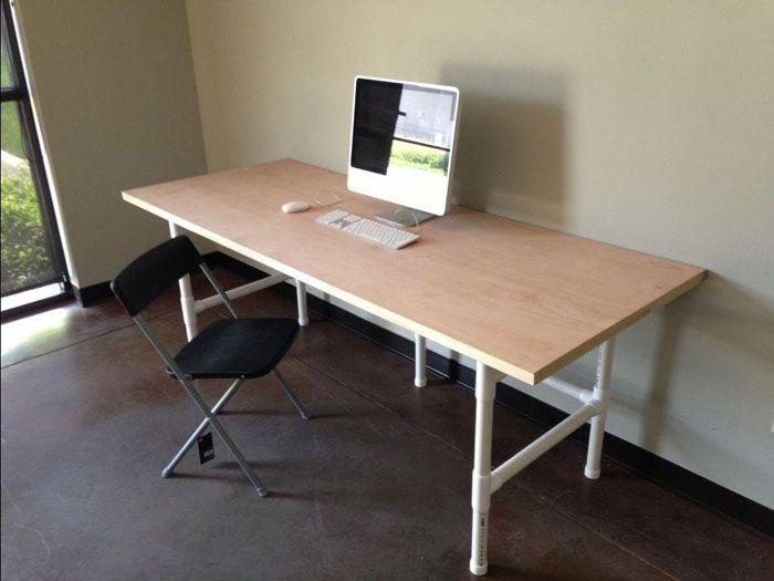 Готовый стол можно сразу же использовать