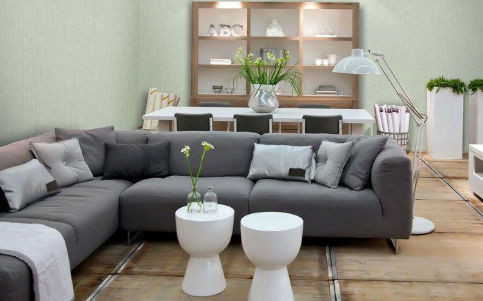 Мебель может быть немаркой и очень элегантной