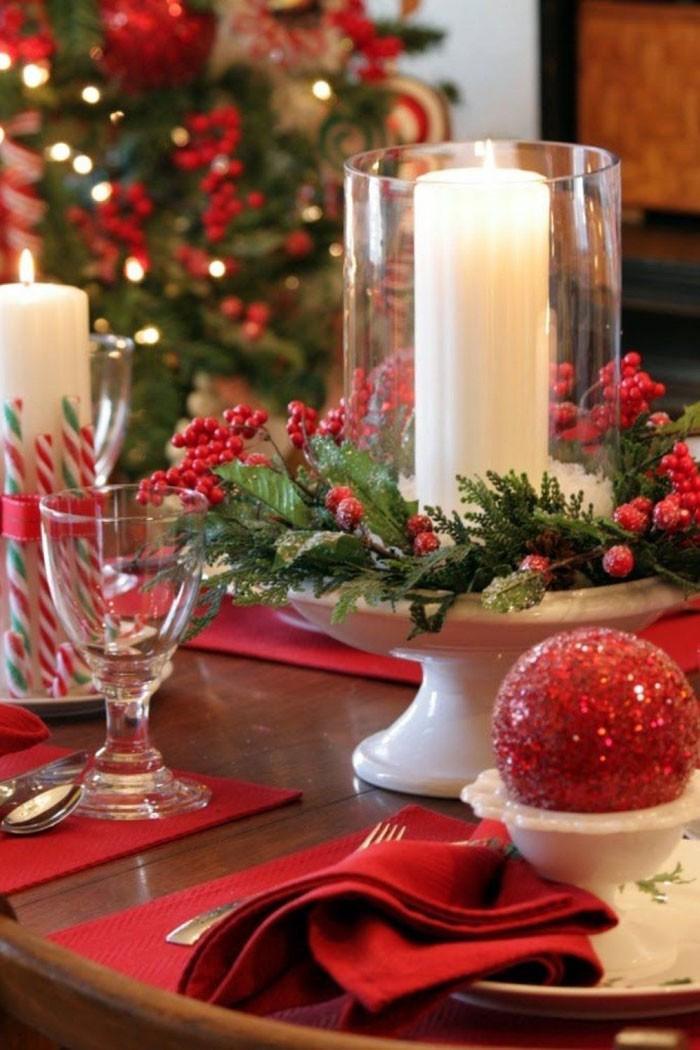 Бокалы со свечами помещают на подносы, в креманки, в пиалы, в конфетницы: декорируют не саму свечу в бокале, а подставку