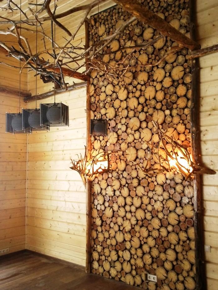 Из спилов дерева оформляют ванные помещения