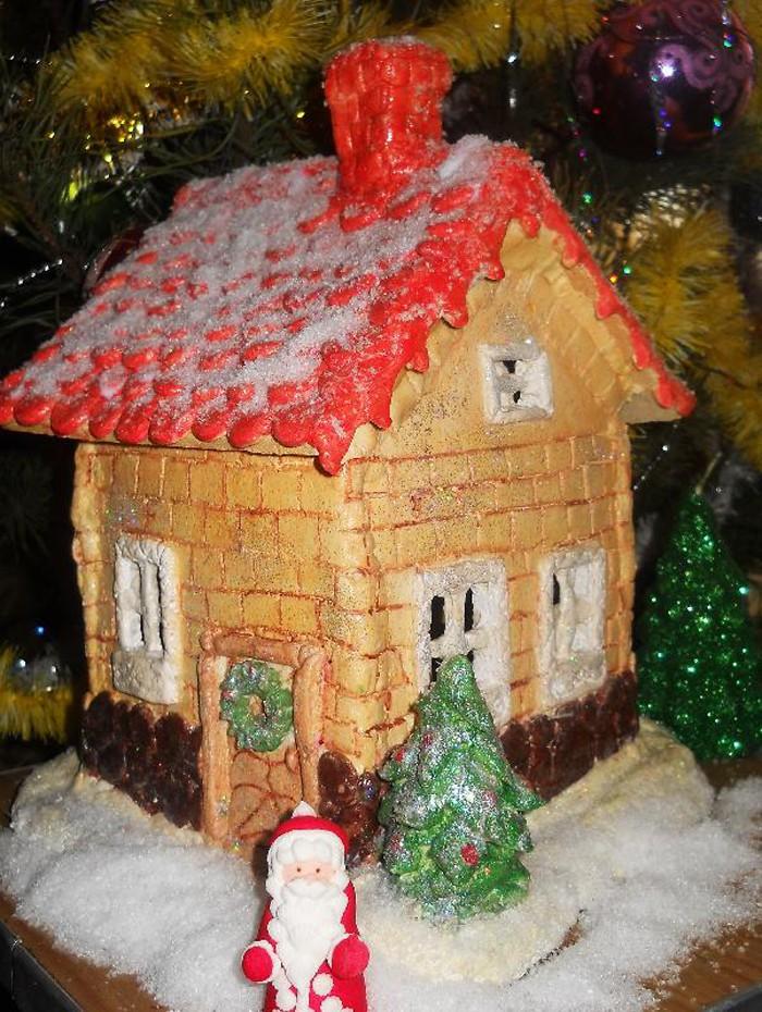 С изготовлением домика дело обстоит несколько сложнее, а результат трудоёмкой работы эффектнее