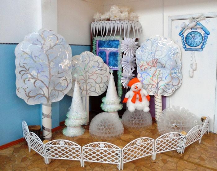 Тематическая инсталляция создаётся из обычных материалов: бумаги, кальки, оракала, текстиля и картона