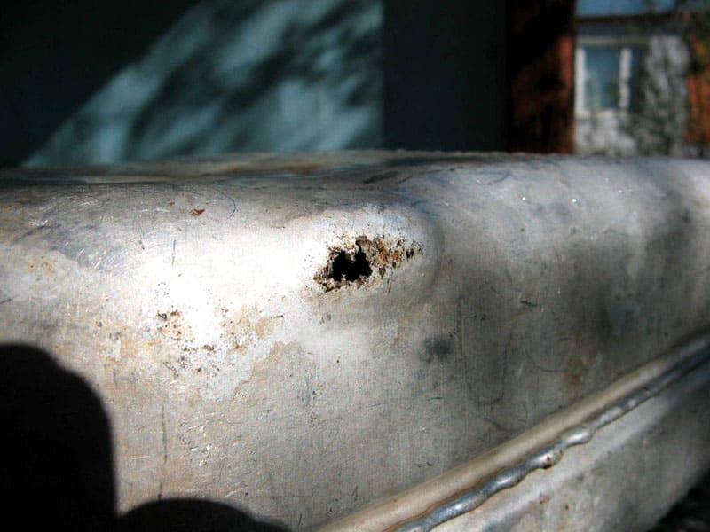 Алюминий также подвержен коррозии, особенно при воздействии агрессивных веществ