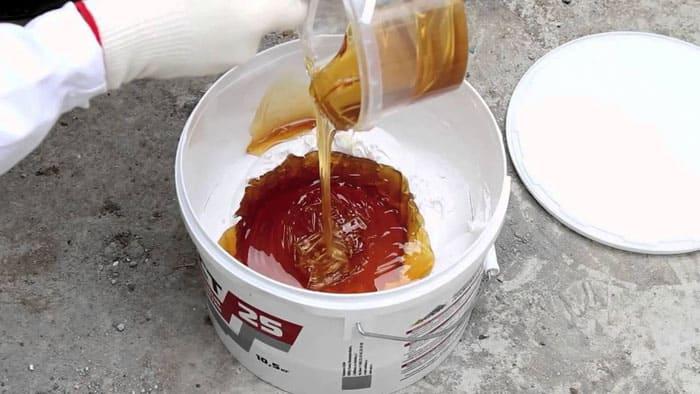 Приготовление двухкомпонентного полиуретанового герметика Сазиласт