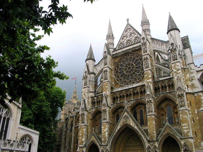 Вестминстерское аббатство как образец английской готической архитектуры