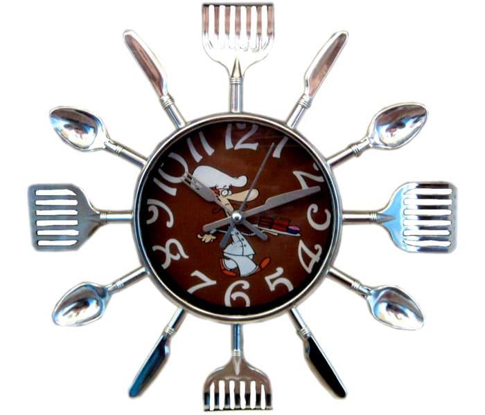Время вполне могут показать часы, изготовленные на производстве