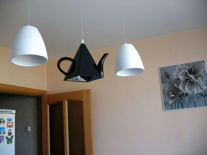 Поклонники чайных церемоний способны оценить подобное решение. Такой светильник удачно впишется во многие современные кухни