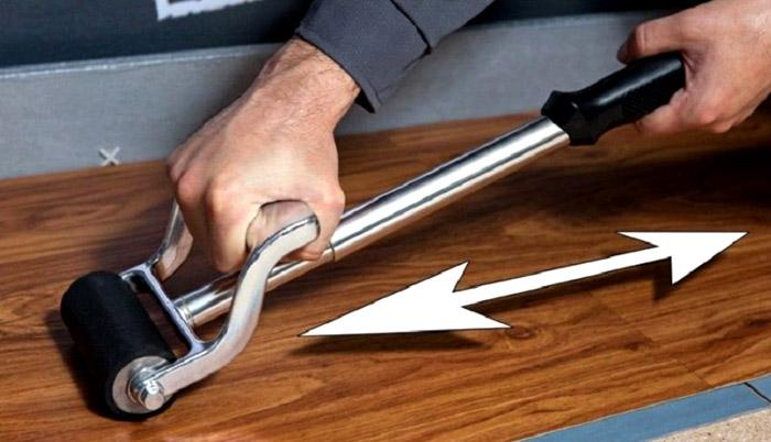Валик для прикатки ПВХ ламината