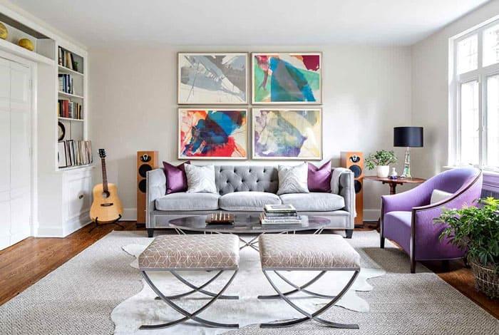 В гостиной найдётся место и стильной стереоустановке, и любимому музыкальному инструменту, который послужит одновременно арт-объектом