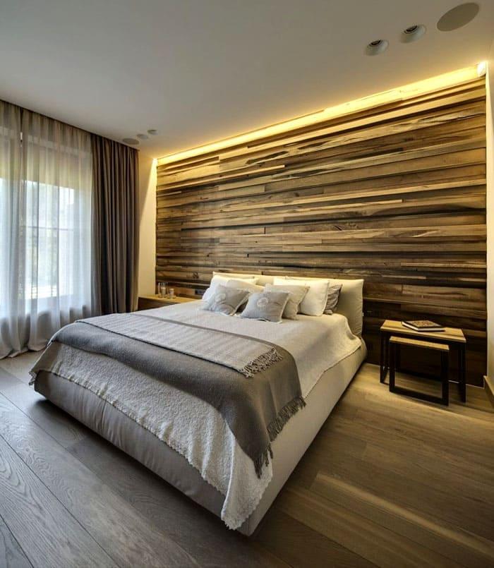 Основания кровати может быть и не видно, что смотрится даже загадочно