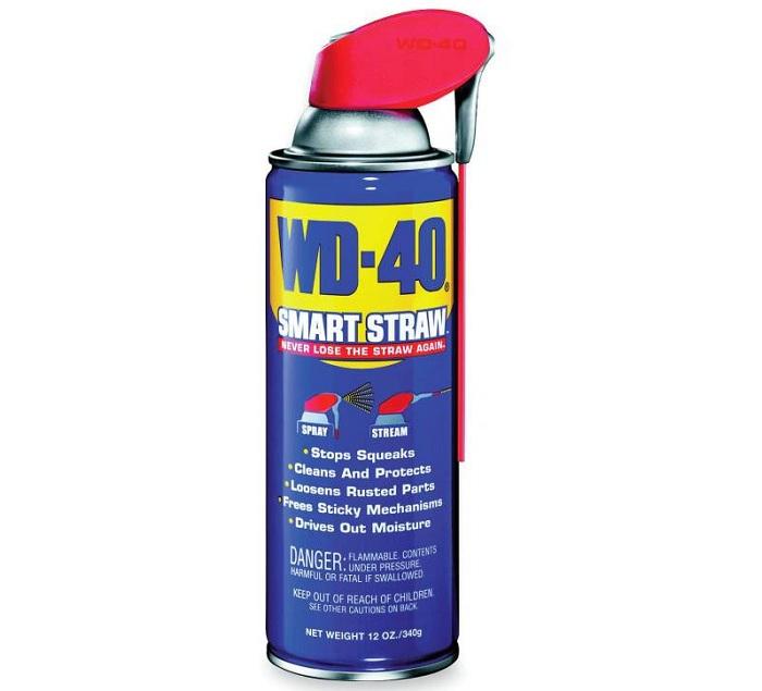 Для смазки подвижных элементов подойдёт WD-40