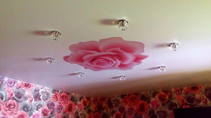 Привычный вид потолка