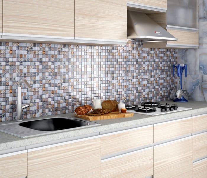 Керамикой облицовывают любые поверхности: бассейны, фасады домов, стены, ванные, кухни