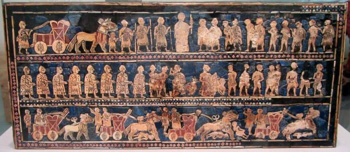Эту картину о войне и мире выложили древние мастера. В работе они применяли раковины, красный известняк, перламутр и ляпис-лазурь