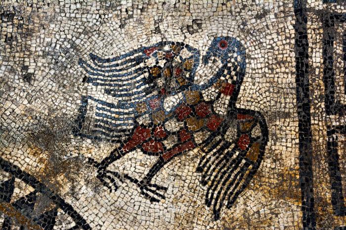 Распространение получили мифологические сюжеты