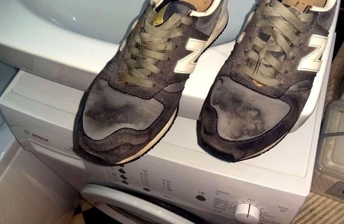 Если обувной режим имеется, это снимает многие затруднения. При частом использовании спортивной обуви следует подумать, сколько времени вы готовы тратить на то, чтобы отстирывать её вручную