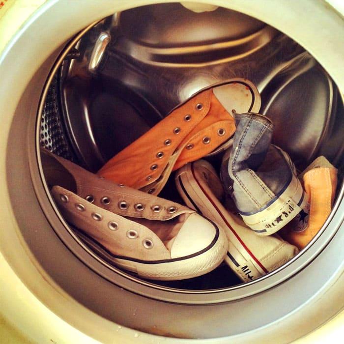 Вопрос становится ещё актуальнее, если в доме проживает несколько человек, которые предпочитают носить такую обувь