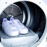 Как стирать кроссовки в стиральной машине не испортив внешнего вида