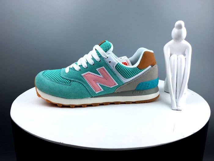 При покупке обуви всегда следует интересоваться режимами и способами её стирки