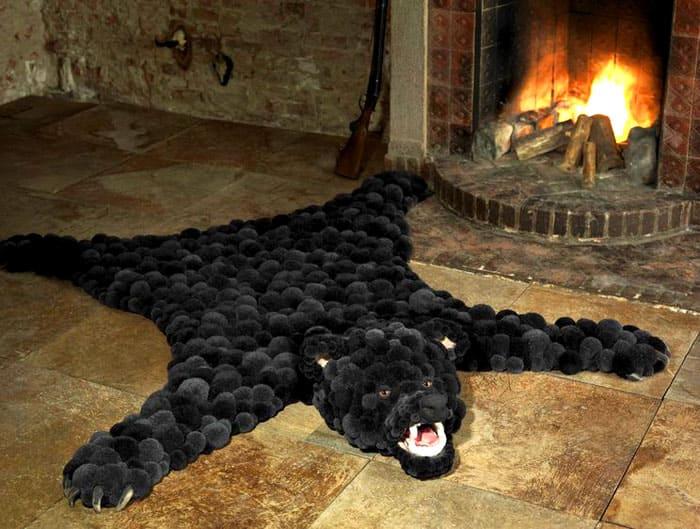 А вот ещё очень интересный вариант медвежьего ковра