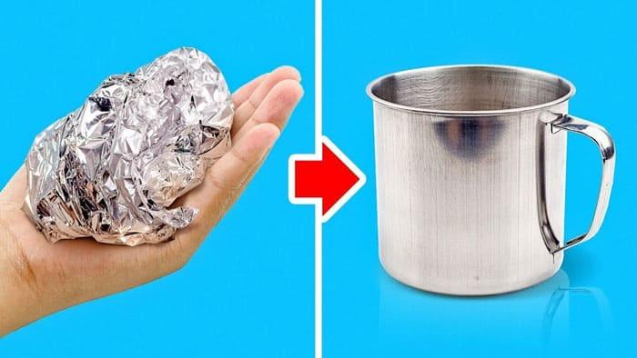 Фольгой удобно очищать металлические, стеклянные и алюминиевые поверхности